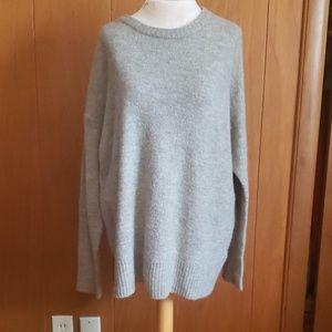 EUC H&M Mohair Blend Sweater